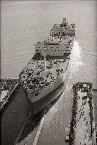 Botadura del petrolero Talavera en Puerto Real, Cadiz 1959
